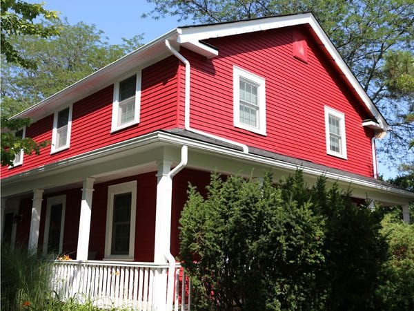 Painting Aluminum Siding On A House In Ann Arbor