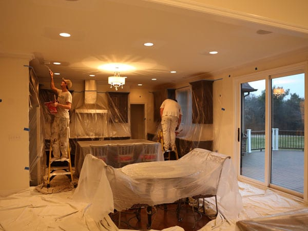 Painting crown molding and walls in this Plymouth Michigan kitchen